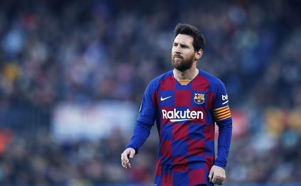 اجبار بارسلونا برای تمدید قرارداد لیونل مسی