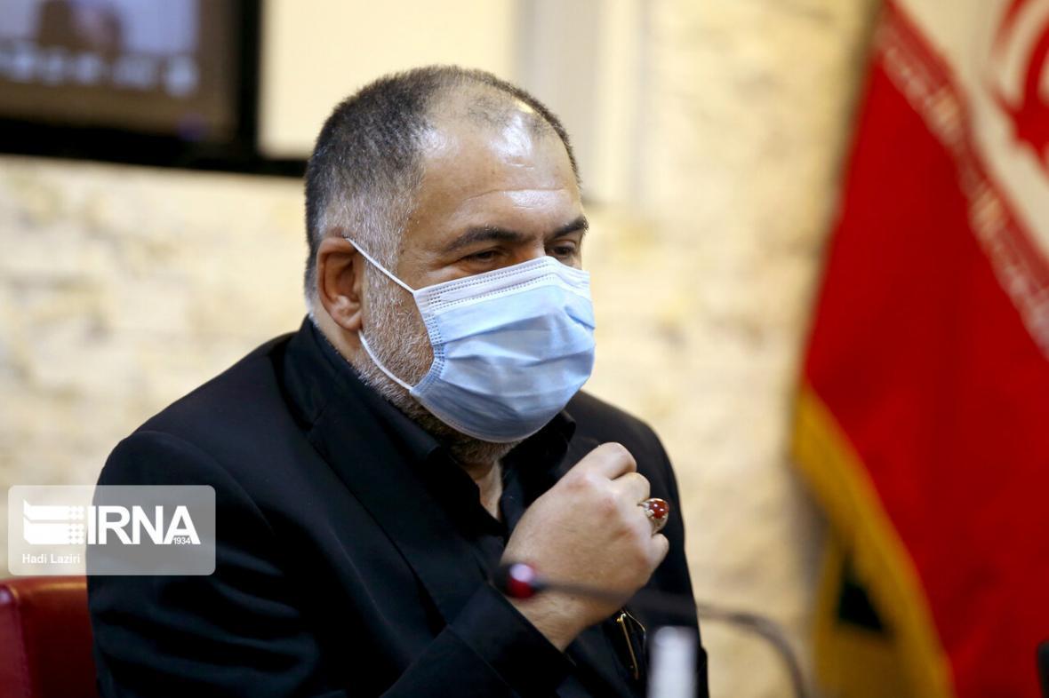 خبرنگاران رسانه ها در بحران کرونا نقش یک پزشک بر بالین بیمار را داشتند