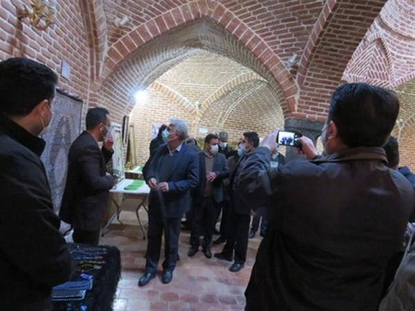 برپایی نمایشگاه صنایع دستی در بنای تاریخی حمام شیخ سلماس