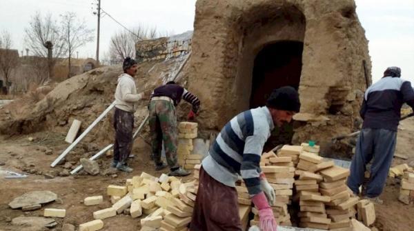 شروع مرحله اول عملیات بازسازی حمام تاریخی روستای غرقاب در گلپایگان