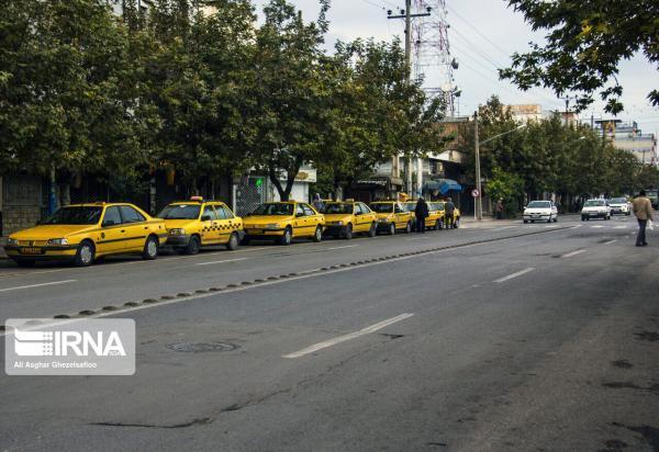 خبرنگاران عضو شورای شهر همدان: افزایش خودسرانه کرایه تاکسی غیرقانونی است