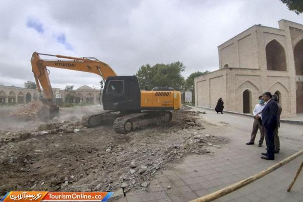 طرح ساماندهی ضلع شمالی میدان عالی قاپو اردبیل شروع شد
